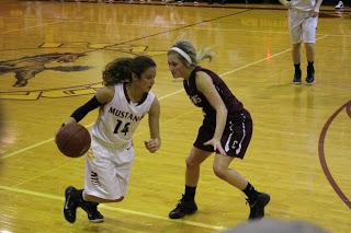Easy regional win for girls' basketball