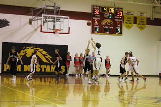 Boys fall to soaring Comets at buzzer